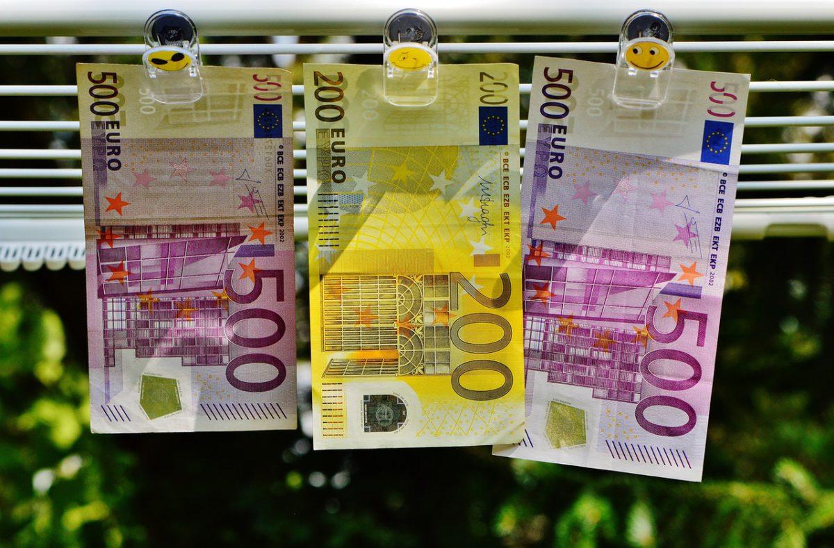 Money laundering pexels