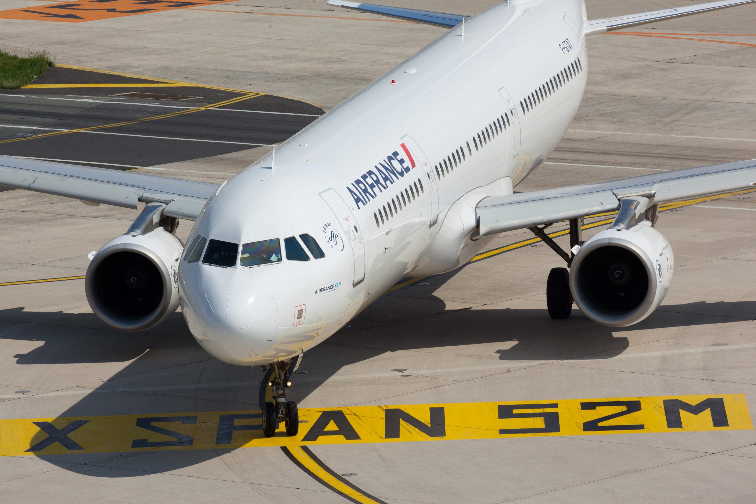 AirFrance A321 airplane