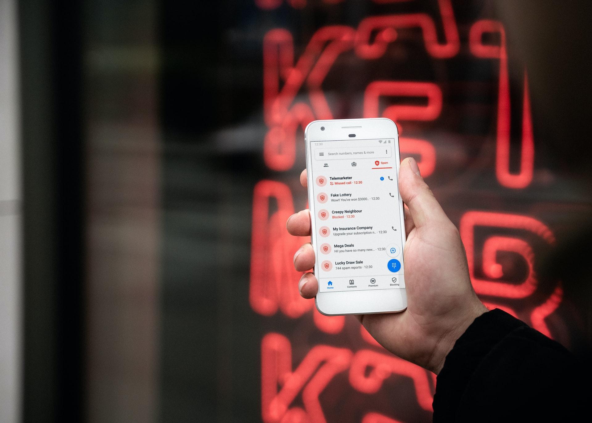 phone call scam mobile pexels
