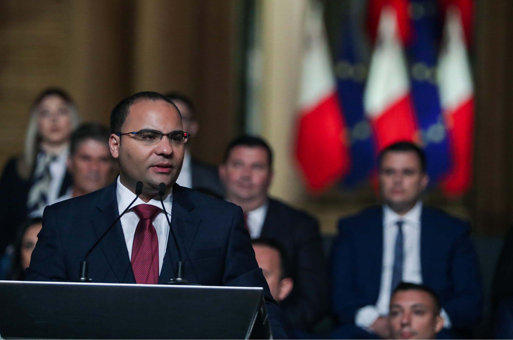 clyde caruana budget 2022